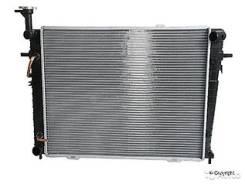 Радиатор Hyundai Tucson/KIA Sportage 2.0/2.7 03-(пластинчатый)