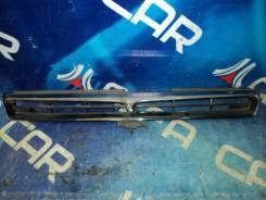 Решетка радиатора Toyota Camry Prominent