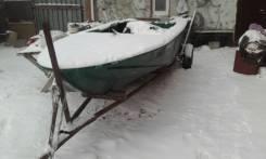 Продам лодку Днепр