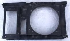 Рамка радиатора Peugeot 308/408