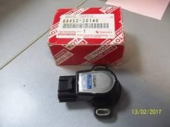 Продам датчик положения дроссельной заслонки Toyota 89452-30140 k