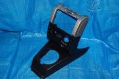 Консоль центральная Freelander 98-2006 LN25