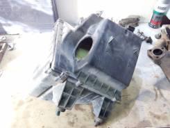 Корпус воздушного фильтра. Audi A6, C5 AEB