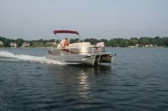 Продам водный моторный понтон тримаран