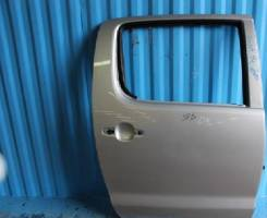 Дверь задняя правая Toyota Hilux Pick up