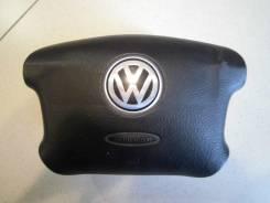 Подушка безопасности водителя. Volkswagen Passat