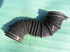 Патрубок воздухозаборника Toyota Allex/Runx, ZZE122,1ZZFE. 17881-22080