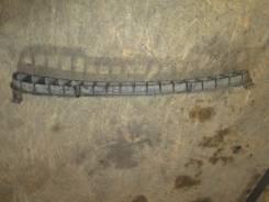 Решетка радиатора нижняя Kia Sorento 2003-2009