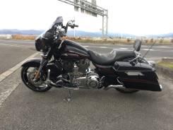 Harley-Davidson FLHXSE 1800 CVO, 2011