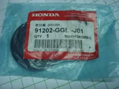 Сальник коленвала на Honda DIO AF62