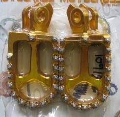 Подножки фрезерованные с шипами Желтый Suzuki