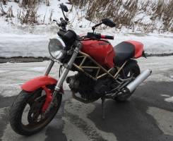 Ducati Monster 400, 2001