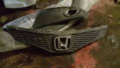 Решетка радиатора. Honda Jazz, GE6, GE1, GG6, GD5, GP1, GD1, UCS69DWH Honda Fit, GE9, GE, GE6, GE8, GP1, GP4, GE7 L13Z1, L12B1, L12A, LDA3, L13A1, L13...