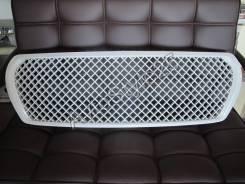 Решетка радиатора Land Cruiser 200  дизайн Bentley белый перламутр