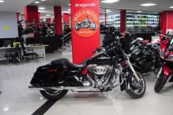 Harley-Davidson Street Glide FLHX, 2011