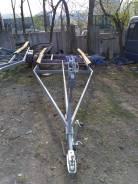 Упрощенный прицеп для вытаскивания/спуска катера длиной от 5 до 9 м.