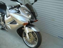 Honda VFR 800, 2004