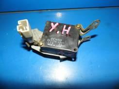 Мотор заслонки отопителя (сервопривод)