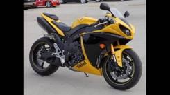 Yamaha R1, 2010