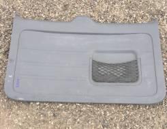 Обшивка двери пятой Toyota RAV4 ACA2
