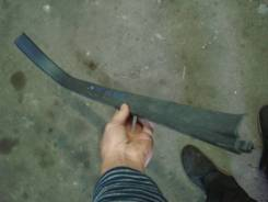 Накладка на порог передняя правая