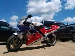 Honda VFR 400, 2005