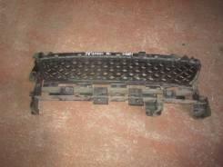Решетка радиатора. Renault Sandero Stepway, 5S H4M, K4M, K7M