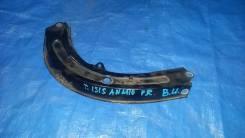 Планка под фару правая Toyota Isis ZNM10