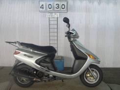 В разбор, по запчастям скутер Yamaha Cygnus 125 SV.