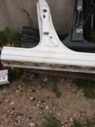 Порог кузовной со стойкой правый Mazda CX-7 2012 года