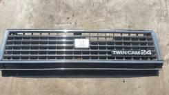 Решетка радиатора Toyota Cresta SX70 GX71