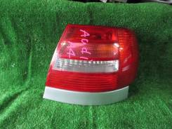 Стоп сигнал правый Audi A4 8D