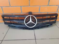 Решетка радиатора Mercedes-Benz A1698881260