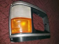 Габарит правый Toyota Hiace H61, номер оптики 26-14