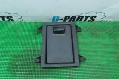 Интерьер дверей и крышки багажного отсека Nissan Fuga 50