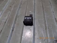 Кнопка включения обогрева сидений. Mazda Mazda6, GH