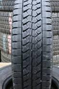 Bridgestone W979 (4 LLIT.), 195/85R15 LT 113/111