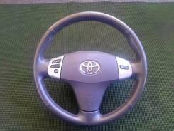 Оригинальный кожаный мультируль Toyota Isis 2004-2009