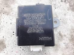 Блок управления дверьми Toyota в чите
