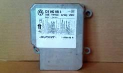 Блок управления Airbag - Volkswagen Passat )