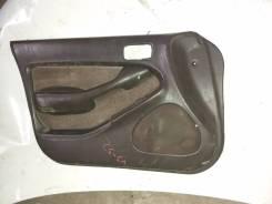 Обшивка двери Toyota Vista VS 32 левая передняя