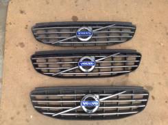 Решетка радиатора Volvo XC60 31333832
