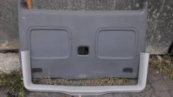 Обшивка двери багажника Mercedes-Benz Viano W 639