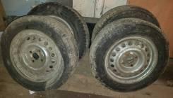 Зимняя резина Bridgestone 185/65 R14 на штампованных дисках