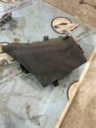 Крышка блока предохранителей. Subaru Legacy, BL5, BP5