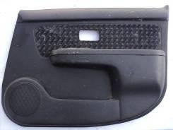 Обшивка правой передней двери Nissan Cube Z10 CGA3DE