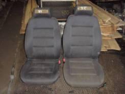Комплект передних сидений на AUDI A4