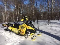 BRP Ski-Doo Summit X 163 800R ETEC 2015, 2015