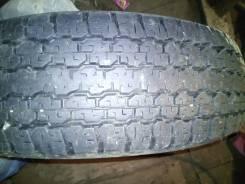 Bridgestone Dueler H/T D689, 235/80 R16