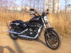 Harley-Davidson Sportster 883 Roadster XL883R, 2015